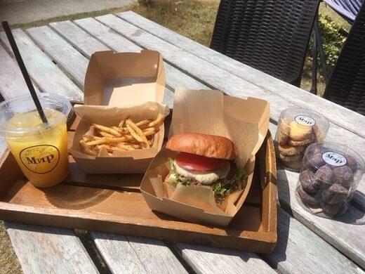 ミールカフェ蒲郡店のスモークハンバーガーと燻製いろいろ【大塚町】